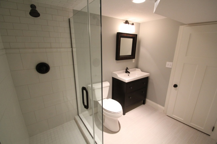 Low Ceiling Traditional Bathroom