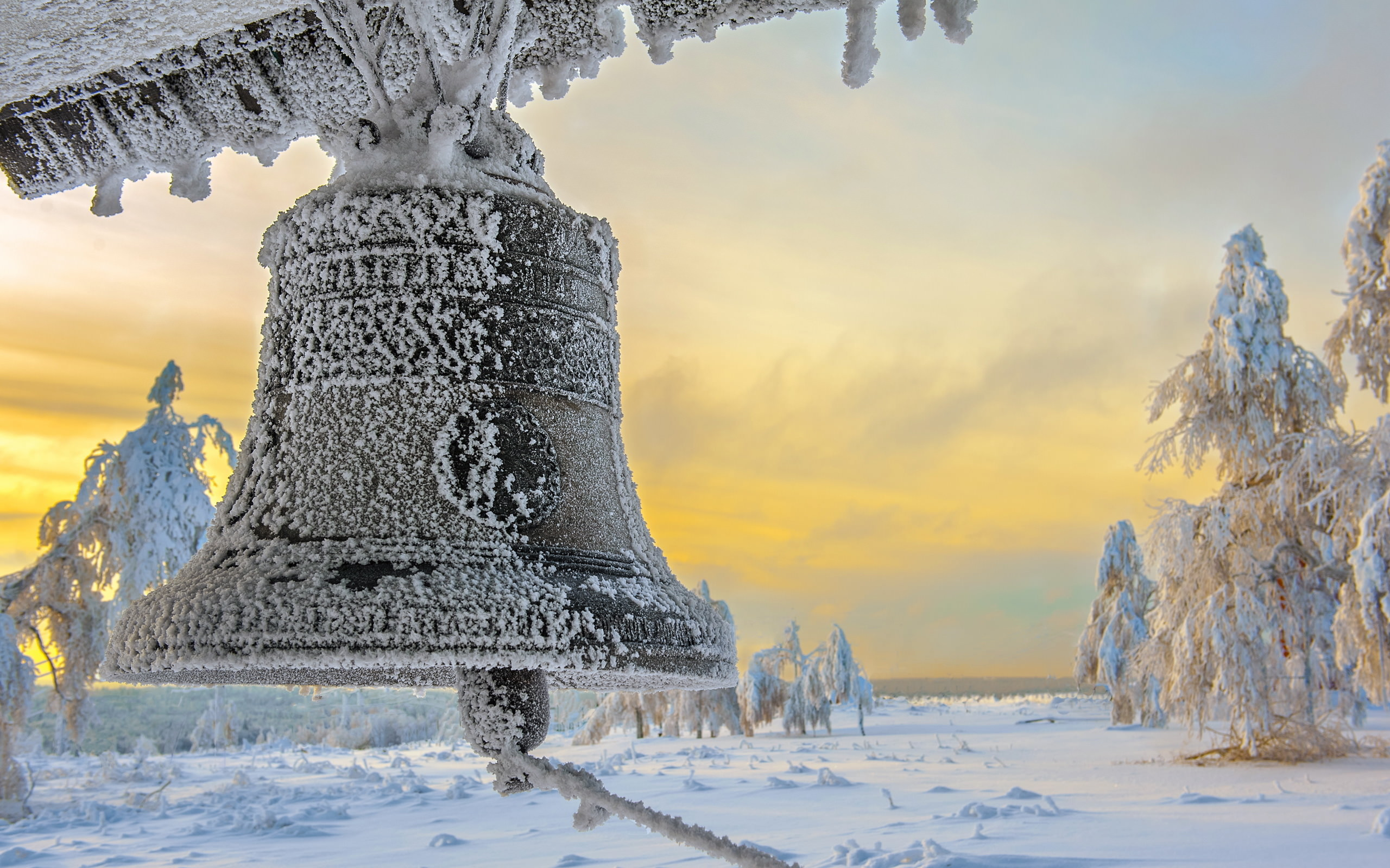 awesome frozen bell background