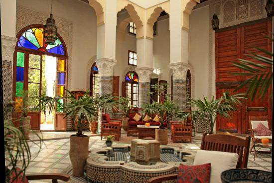 15Graceful-Moroccan-patio-designs-for-homes