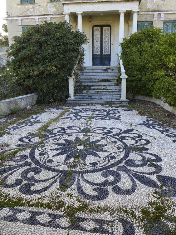 30+ Pebble Garden Designs, Decorating Ideas | Design ... on Backyard Pebbles Design id=84632