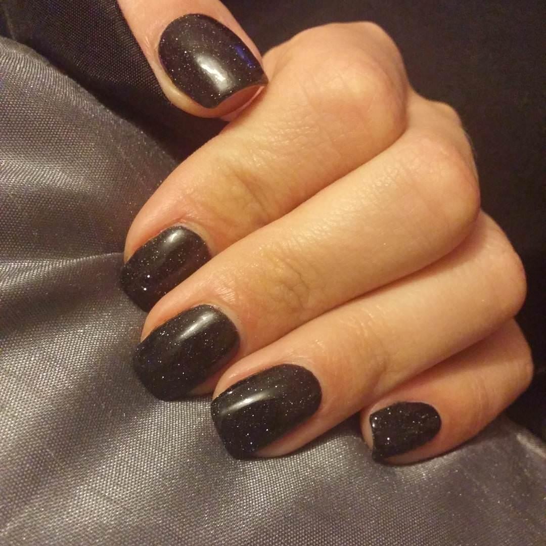 trendy black nail design