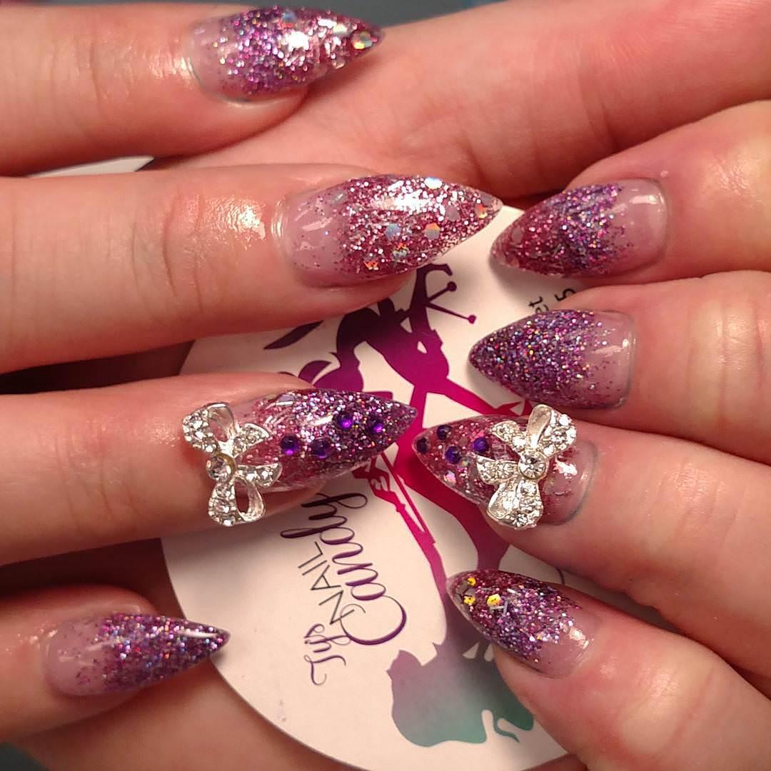 Elegant Christmas Nail Art: 25+ Glitter Acrylic Nail Art Designs , Ideas