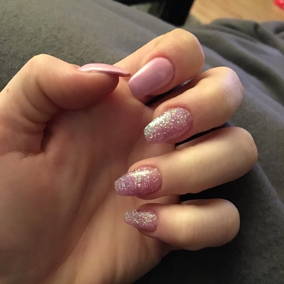trendy glitter nail art