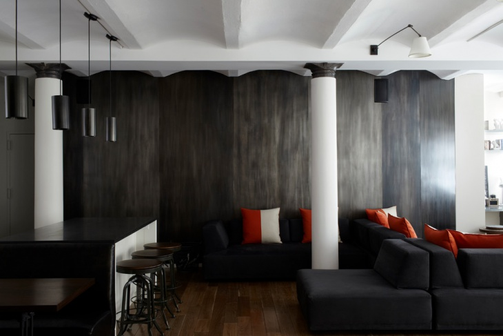 Black Metal Wall Design
