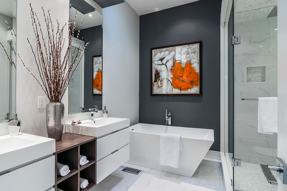 Modish Artful Bathroom Designs