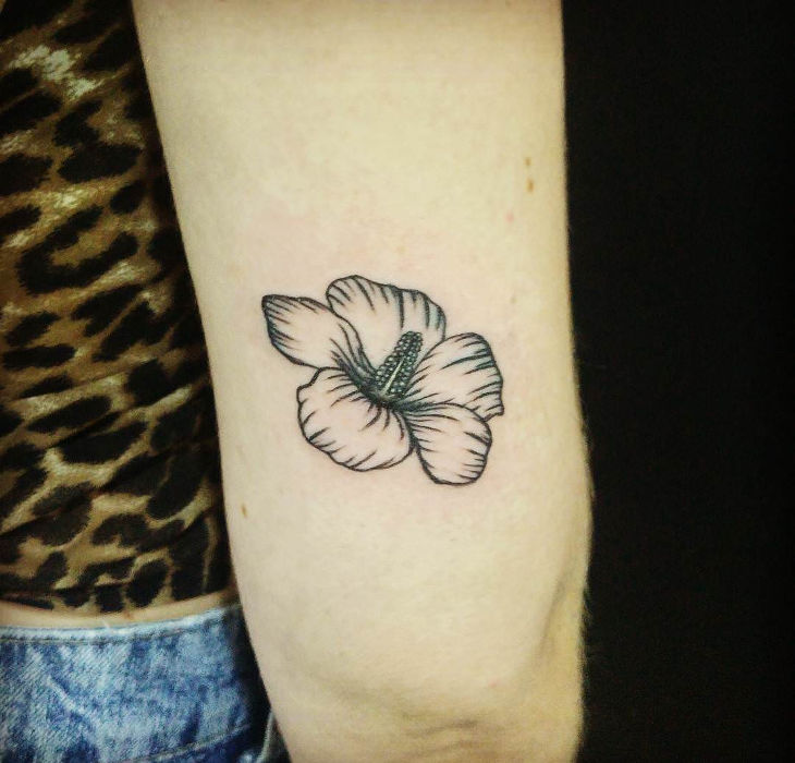 Small Hibiscus Tattoo: 20+ Small Flower Tattoo Designs, Ideas