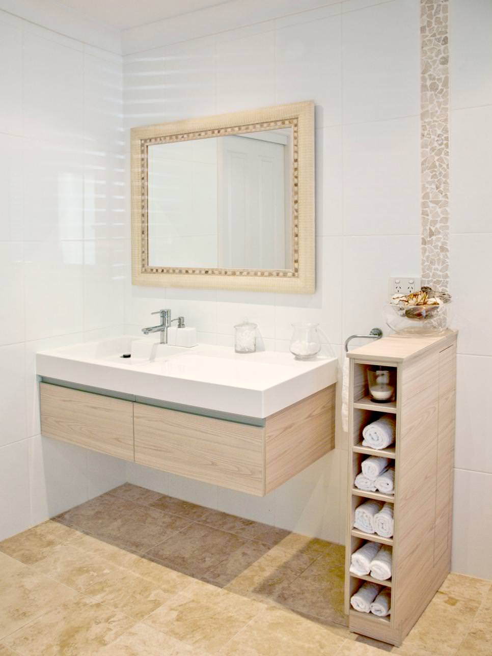 Contemporary Master Bath With Multipurpose Shelving and splash