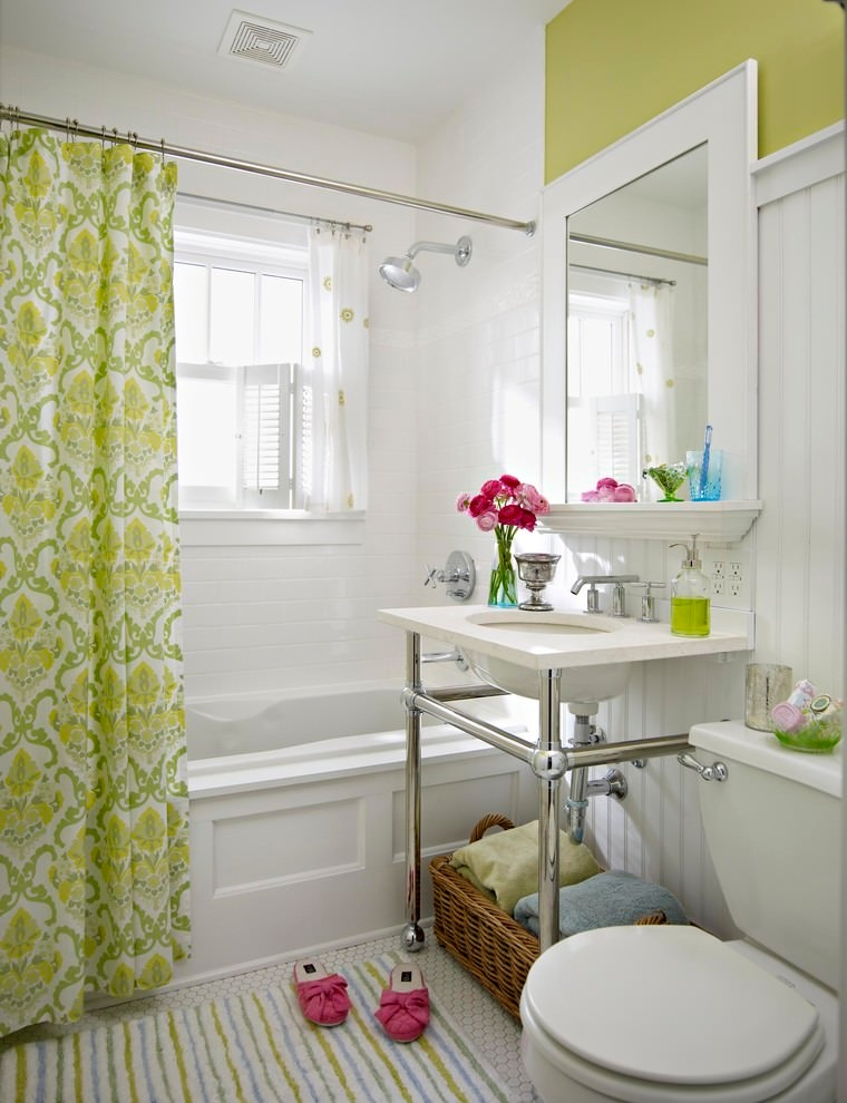 Traditional bathroom colorful flora curtain design
