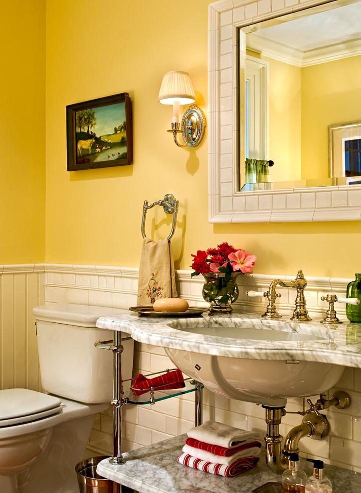 Elegant yellow bathroom design
