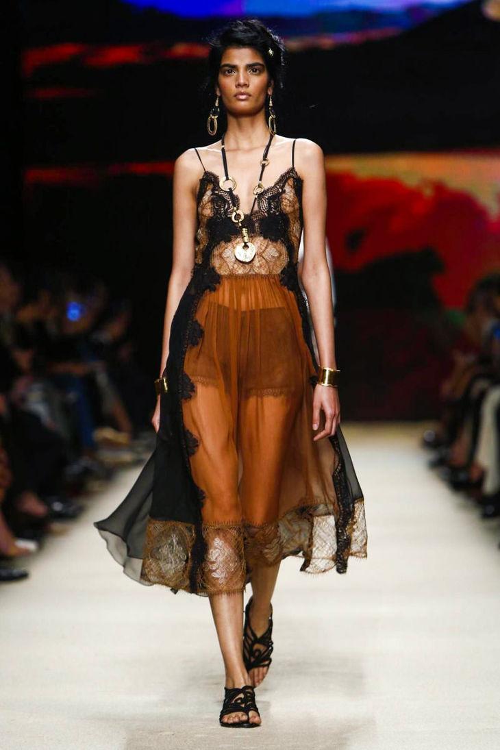 Alberta Ferretti Milan Fashion week 2016