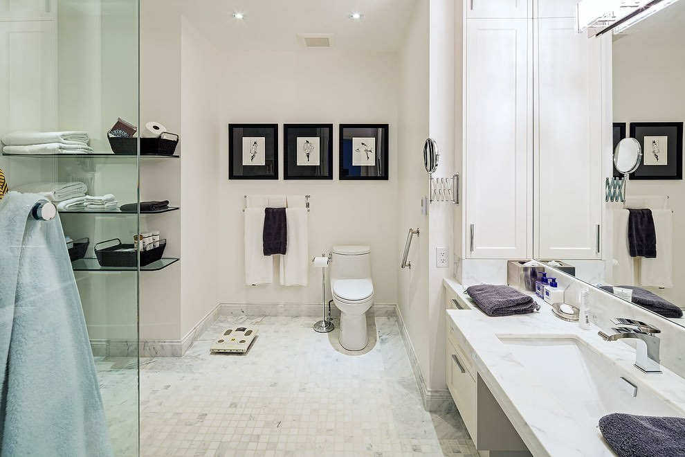 Modern white bathroom with shelves design