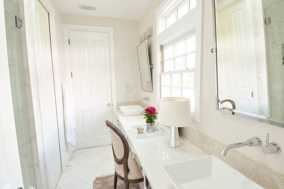 Bright White narrow bathroom design