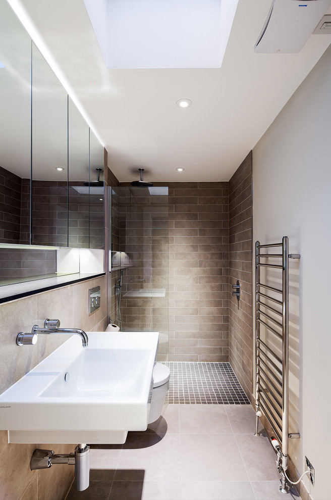 Narrow Contemporary bathroom design