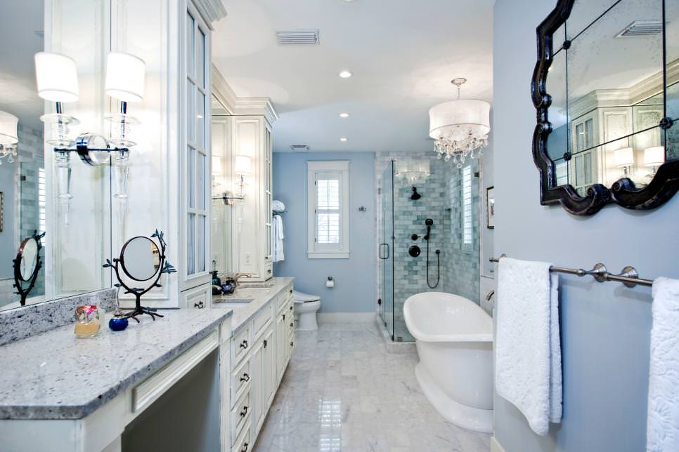 Transitional Master narrow Bathroom design