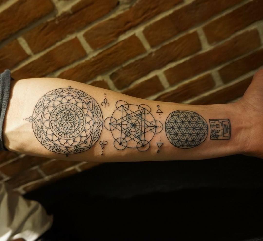 Amazing Steampunk Tattoo Design