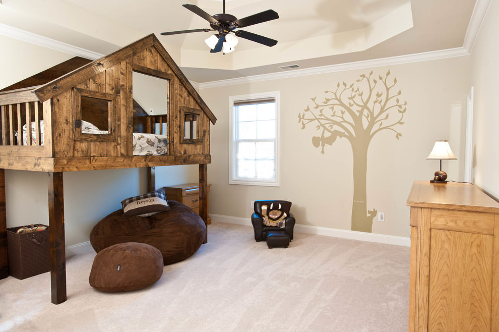 Crazy tree design kids bedroom
