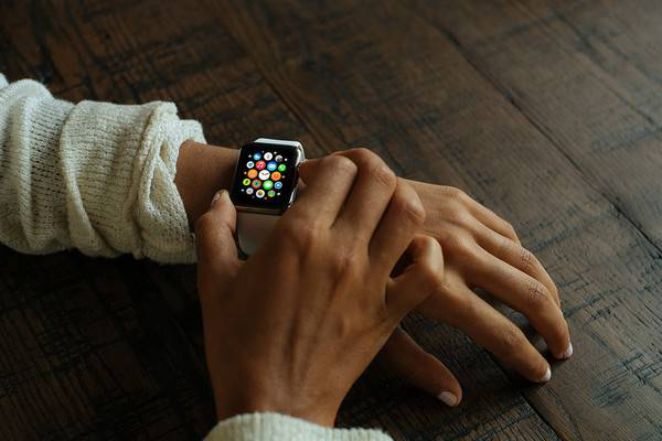 Elegant Apple Watch Mockup