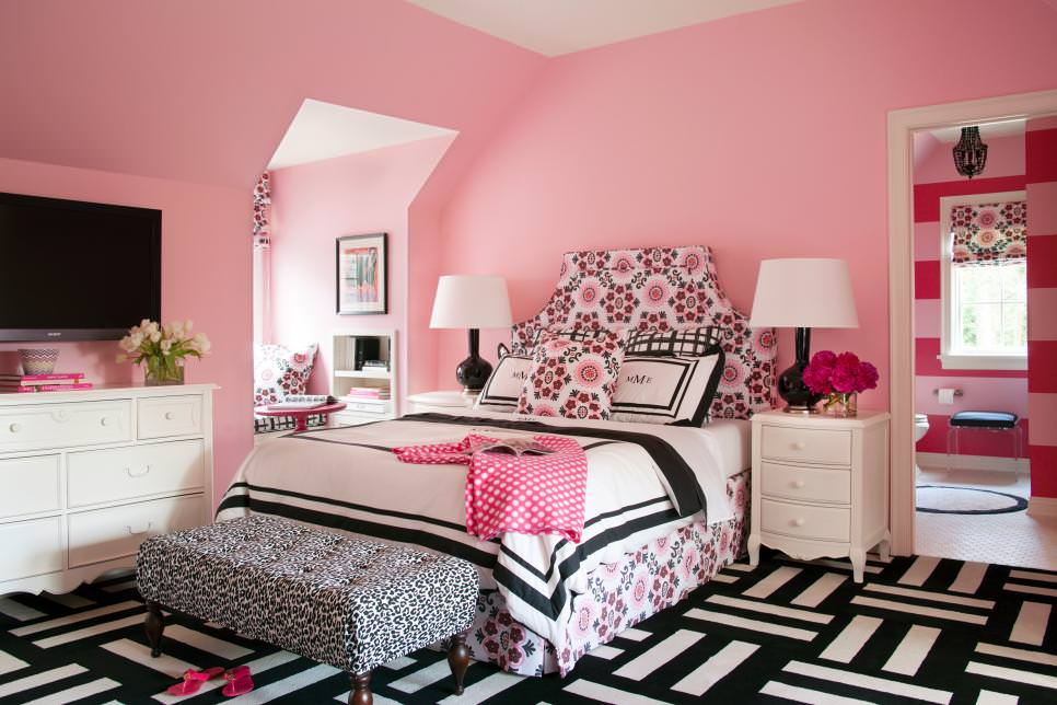 Pink Transitional Teen Girl's Bedroom design