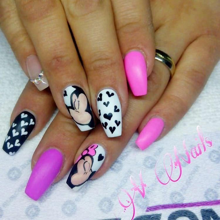 micky mouse nail design