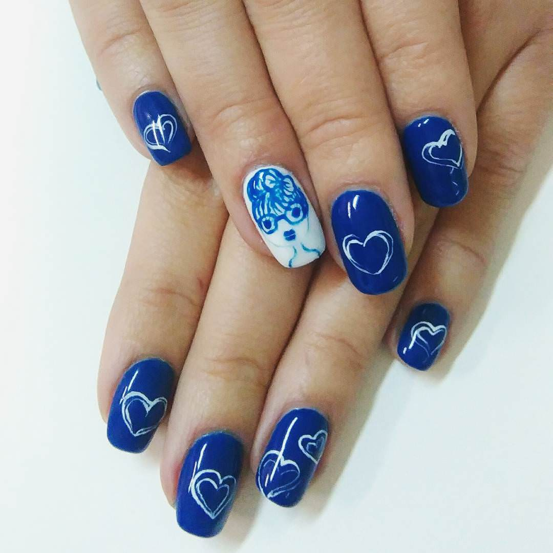 Blue Heart Shaped Nail Desoign