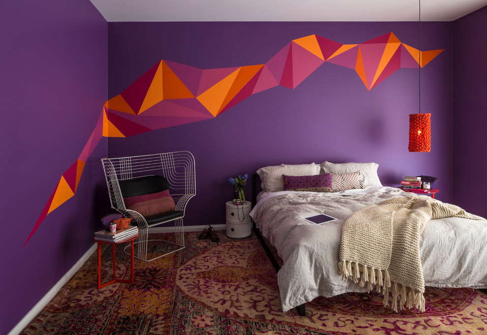 Lovely Crazy Wall Paint Design In Bedroom