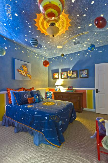 Modren wall sky paint design in kids room