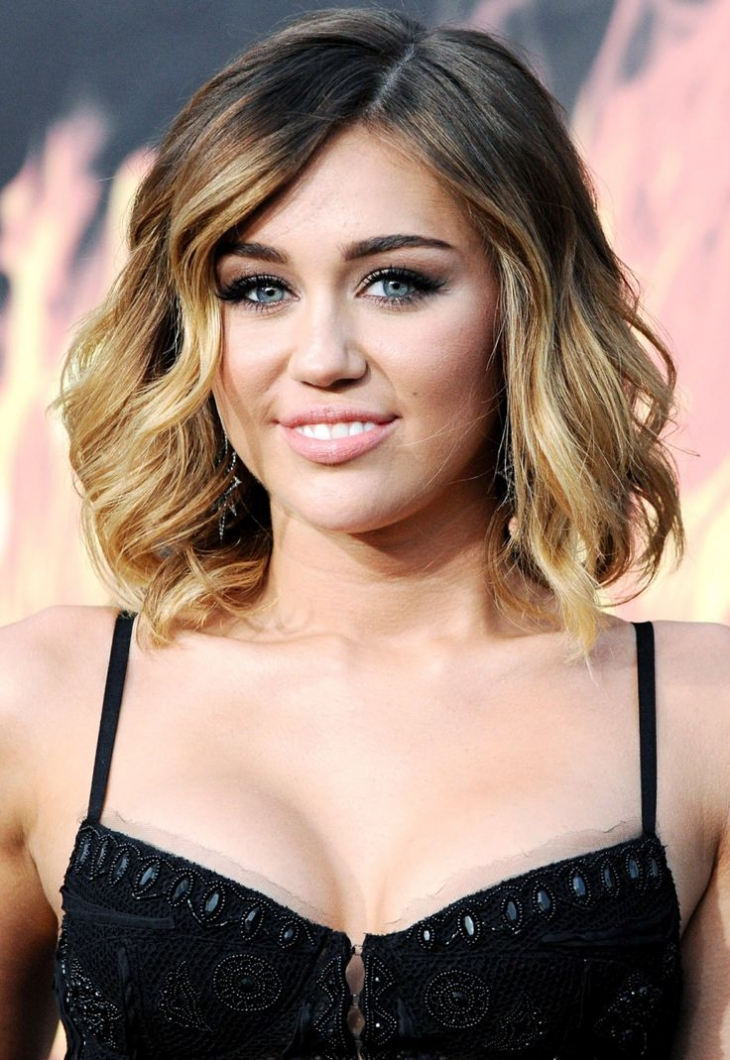 miley cyrus Wavy Shaggy Hair