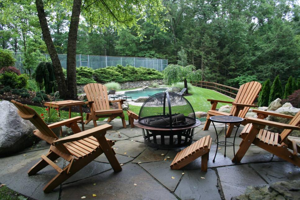 A circular patio design