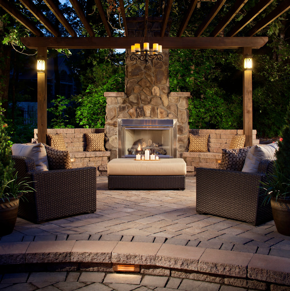 30 patio designs decorating ideas design trends for Outdoor decorating with rocks