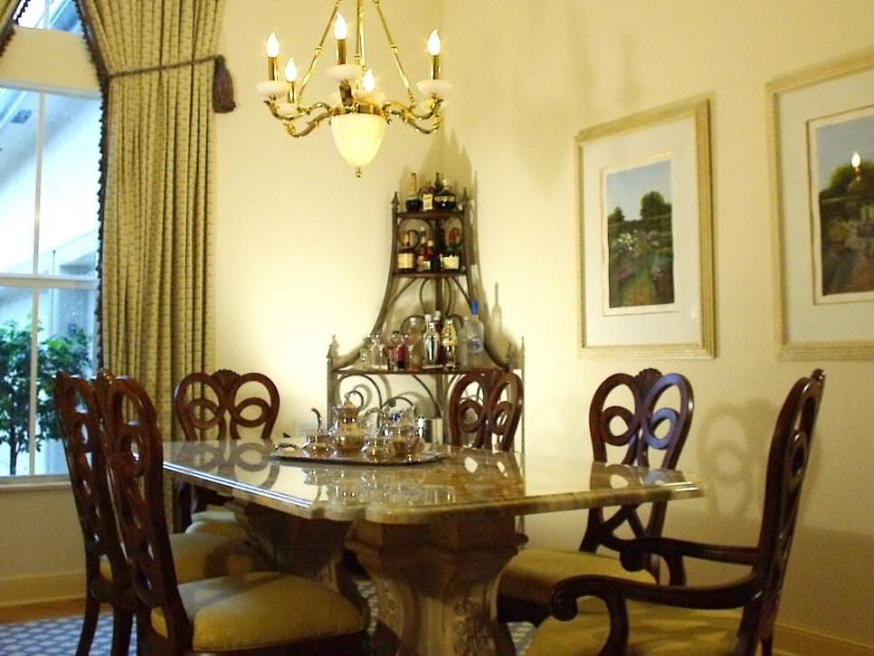 Traditional Dining Room With Elegant Decor