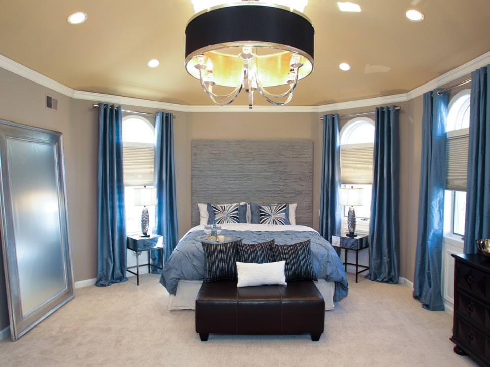 Luxurious Bedroom With Drum Shade Chandelier