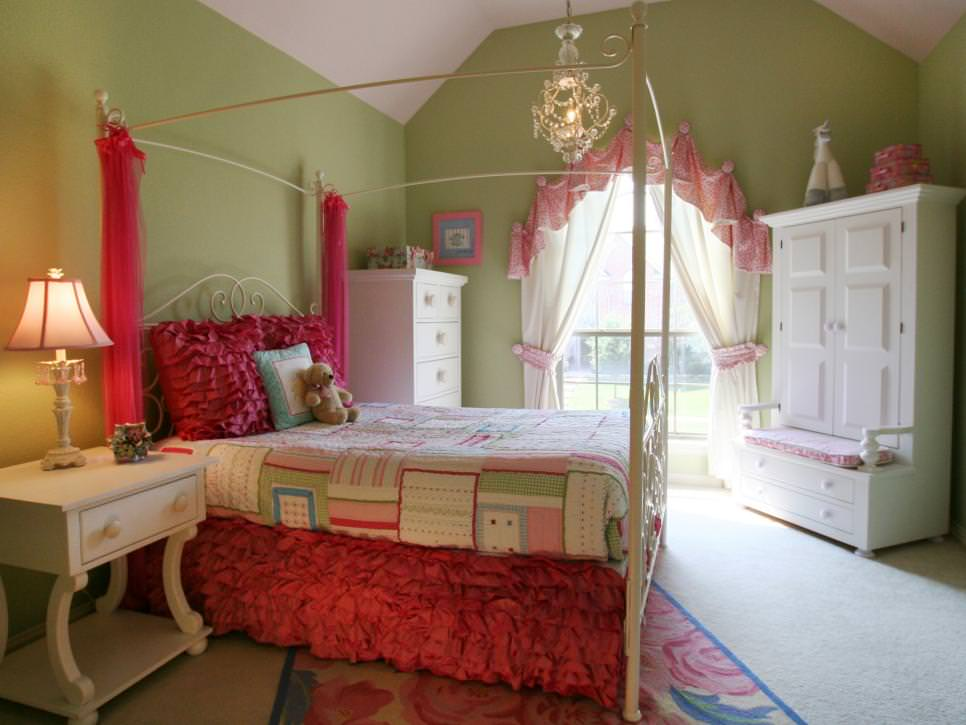 pink princess bedroom crystal pink chandelier