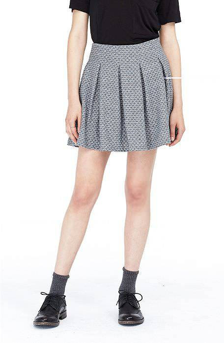 Pleates Jacquard Skirt