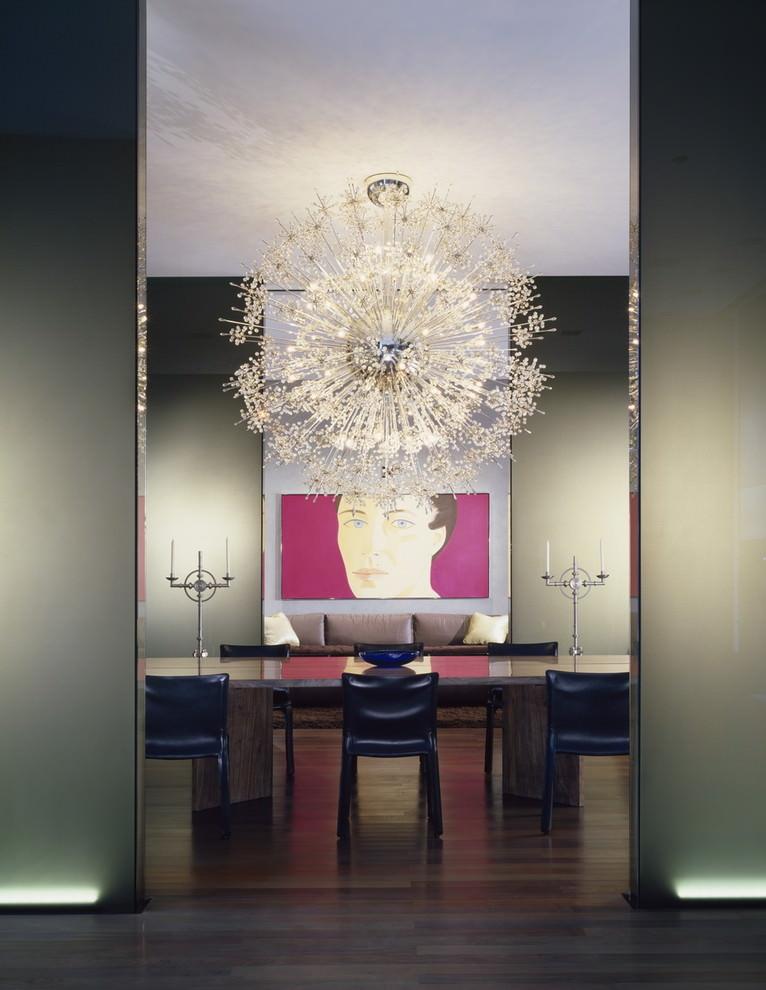 Midcentury dining room elegant sputnik chandelier