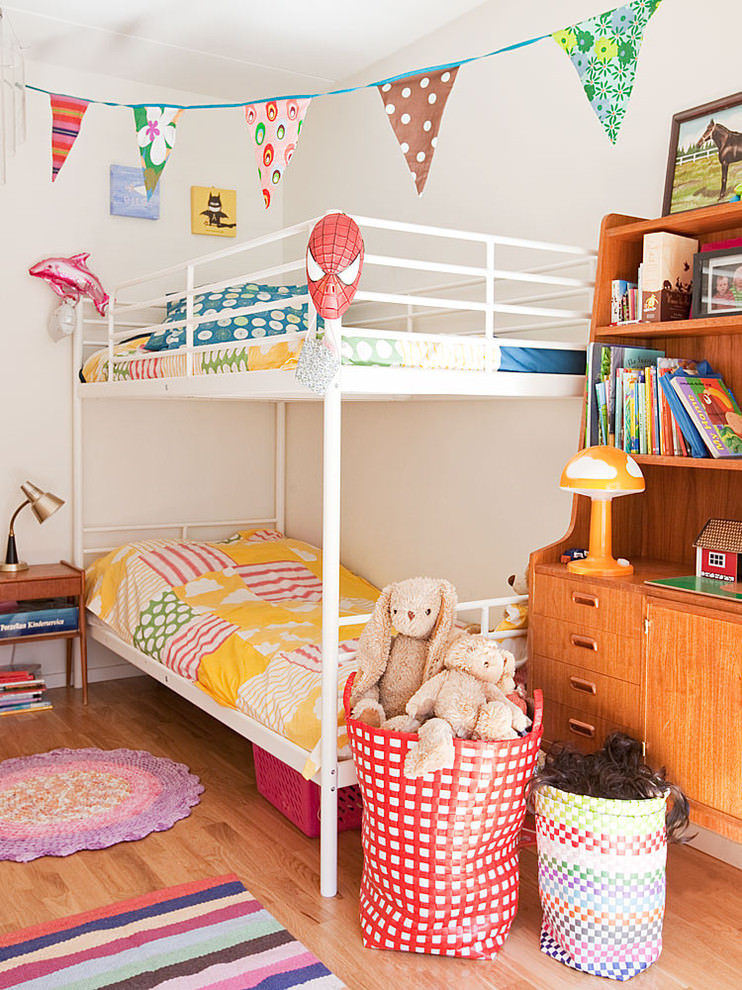 Scandinavian kidsroom spacious design