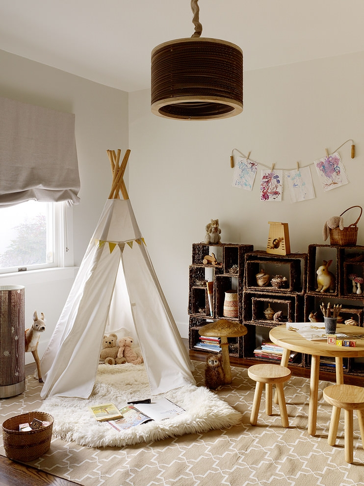 Spacious Rustic childrens room design