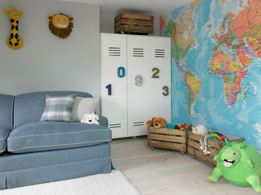 Spacious colorful toys Kidsroom design