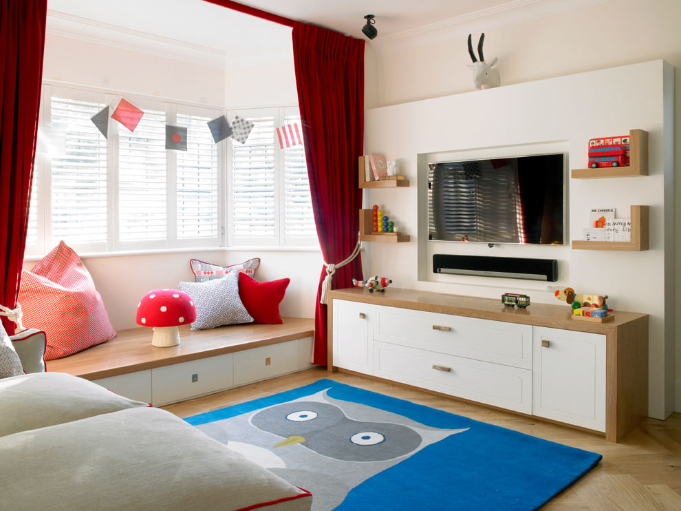Spacious contemporary childrens room design