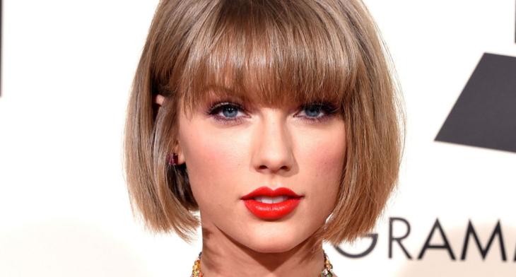 24 Short Straight Haircut Ideas Designs Hairstyles Design