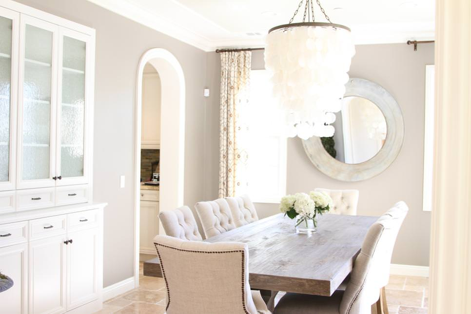 Costal gray Dining Room design