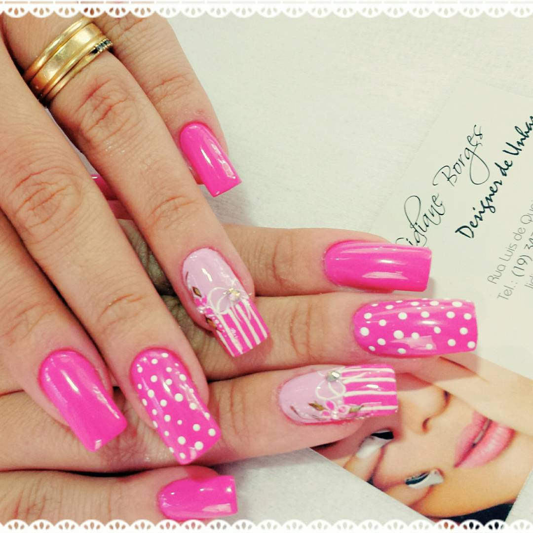 Beautiful Nail Designs with Pink Nail Polish