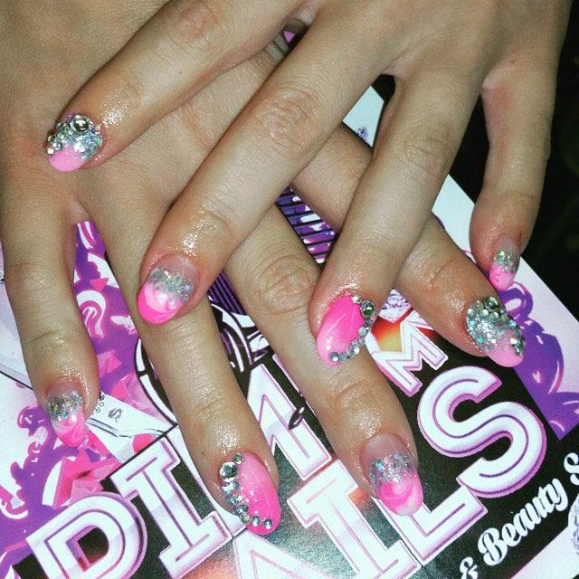 Elegant Pink Nail Art