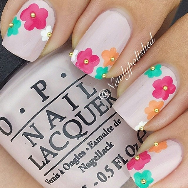 Funky Flower Nail Design