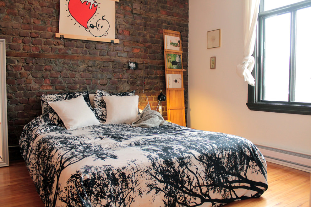 Eclectic bedroom brick wall design