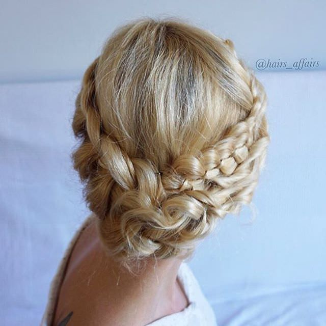 Medium Hair Style For Occasions