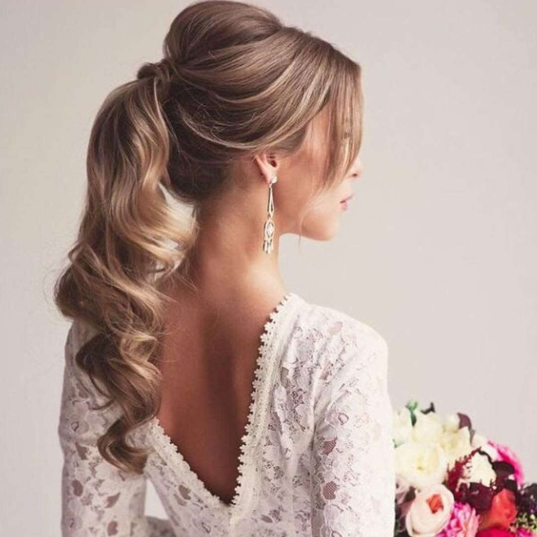 Pretty Medium Hairstyle For Wedding