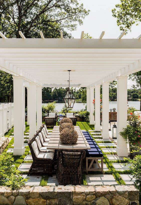 outdoor dining room 2