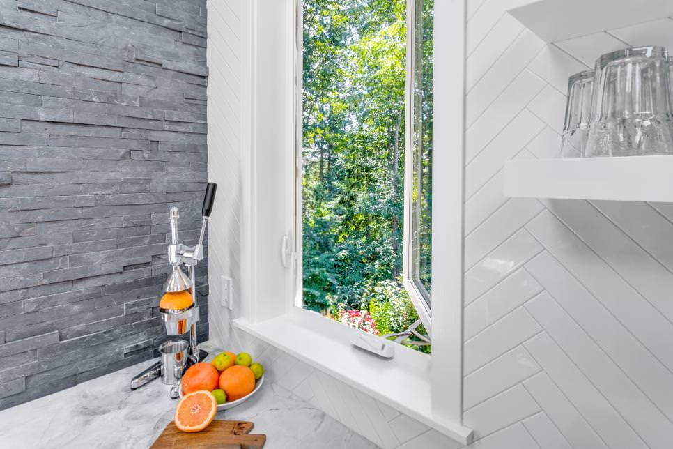 kitchen casement stacked stone wall design