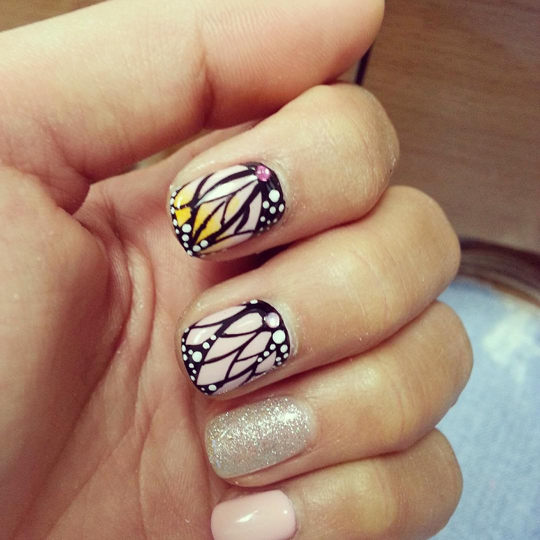 Lines Nail Design