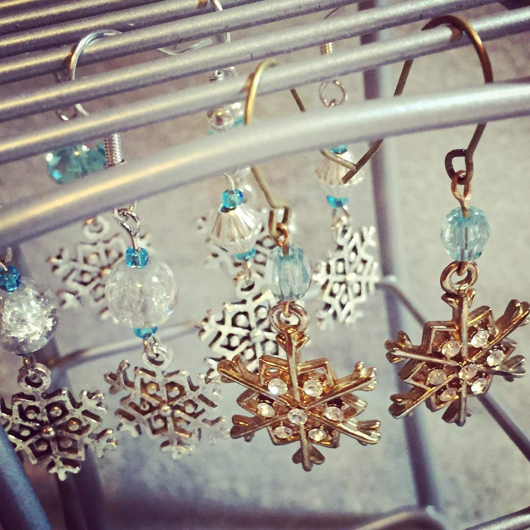Snowflake Earrings With Transparent Beads
